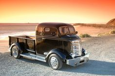 Wish I could be relaxing on the beach with this truck Cool Trucks, Chevy Trucks, Pickup Trucks, Chevy Pickups, Custom Trucks, Custom Cars, General Motors, Classic Trucks, Classic Cars