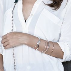 The MINIMALISTE bangle in gold pink and silver 925