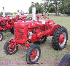 AC9279.JPG John Deere 1530 tractor , John Deere three
