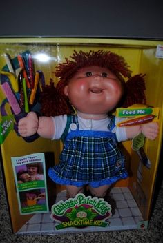 Snack time Cabbage Patch Kid I wanted one of these until they were recalled  for eating some kids hair,