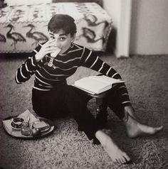Breakfast@ - Audrey Hepburn photographed by Mark Shaw, 1953
