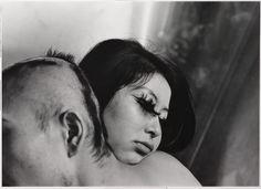 Shōmei Tōmatsu | Blood and Rose, Tokyo | 1969 | Albertina, Wien  – Dauerleihgabe der Österreichischen Ludwig-Stiftung für Kunst und Wissenschaft | © Shōmei Tōmatsu Estate, courtesy | PRISKA PASQUER, Cologne #AlbertinaProvoke