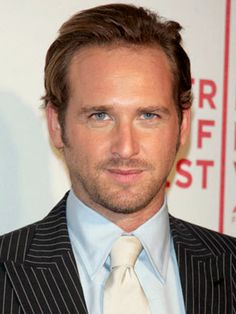 josh lucas-YUM!! LOVED him in Sweet Home Alabama!