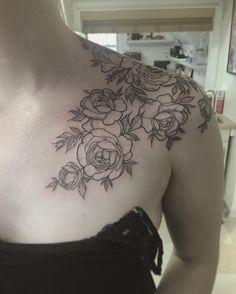 #tattoo #tattoos #tattooing #tatuaje #tatouage #tattooart #tattooflash #boston #massachusetts #masstattoonetwork #bostontattoo #skinartmag #inkstagram #darkartists #tattoosnob #tattoochallenge #peonies #chesttattoo #pretty #girlswithtattoos #flowers #linework #inkjunkeyz #cheyennehawk #botanical