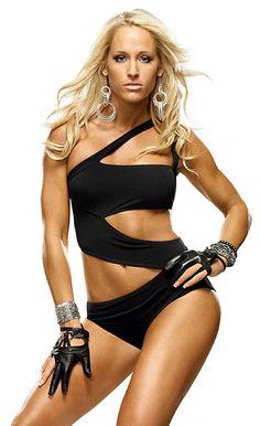 Former WWE Diva Michelle McCool #wwe #wwedivas