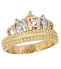 Resultado de imagen para anillos de quince años Jewelry Design Earrings, Dog Jewelry, Cute Jewelry, Jewelry Rings, Jewelry Accessories, Gothic Rings, Unique Diamond Rings, Cute Rings, Biker Rings