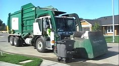 Your Uber has arrived (garbage truck uber) Radios, Rubbish Truck, Garbage Collection, Garbage Truck, Trucks, Weather, Cherokee, Image Search, Game