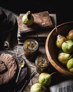 Emiliana Chateau (@emilianachateau) • Fotos y videos de Instagram Food Photography Styling, Food Styling, No Knead Bread, Homemade Butter, Crisp, Oven, Instagram, Fruit, Rule Britannia