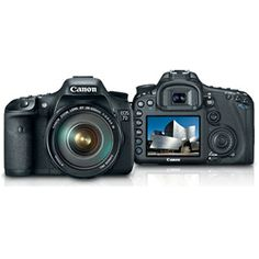 EOS 7D Digital SLR Camera with EF-S 18-135mm f/3.5-5.6 IS Zoom Lens