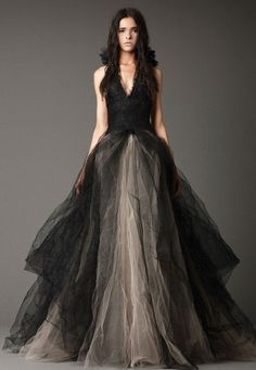 Above, an elegant black wedding dress with v-neckline from Vera Wang. See the details at this website and find out more other lovely black wedding dresses from this website. Above, black wedding dr… Vera Wang Gowns, Vera Wang Dress, Evening Dress Long, Evening Gowns, Evening Party, Lace Evening Dresses, Shenae Grimes Wedding, Black Wedding Dresses, Prom Dresses