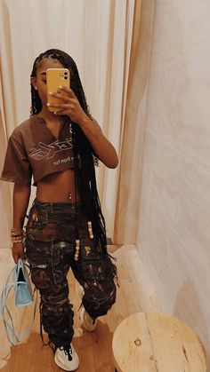 Swag Outfits For Girls, Cute Swag Outfits, Dope Outfits, Teen Fashion Outfits, Retro Outfits, Preteen Fashion, Teenage Girl Outfits, Chill Outfits, Black Girl Fashion