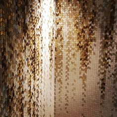 Have a beautiful morning with #sicis #london #artistic #pixel #mosaic beauty!  @valeriagrieco: Magic Waterfall by Sicis #mindenmozaik #everythingismosaic #mozaik #art #kezmuves #italy #ravenna  #sicis#sicisofficial#mosaic#salicegold#beautifuldesigns#newproject#magicgold#diamon#londonproject#chelsea#feauturewall#ihavethingsforwalls