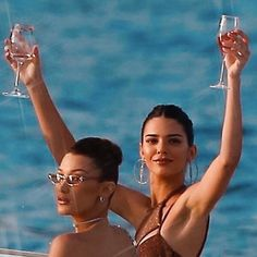 kendall jenner and bella hadid January 02 2020 at luxury good life success rich wealthy Classy Aesthetic, Bad Girl Aesthetic, Aesthetic Collage, Aesthetic Vintage, Aesthetic Photo, Aesthetic Pictures, Bedroom Wall Collage, Photo Wall Collage, Picture Wall