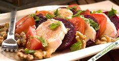 Sehr schneller und leckerer Low Carb Salat mit roter Bete, Tomaten, Mozarella und Walnüssen. In 5 Minuten zubereitet ... Hast Du ein Lieblings-Low-Carb-Rezepte? Teile es mit der Community in auf http://www.lebelowcarb.de/forum.html