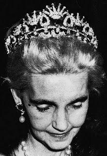 Tiara Mania: Barbara Hutton's Ruby Necklace Tiara