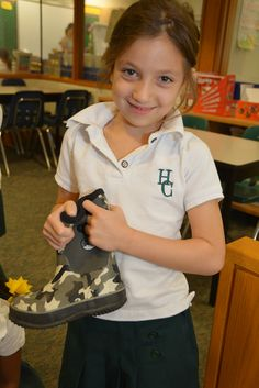 Grade 1 students collected gently used boots and winter accessories for the Evergreen School Program!