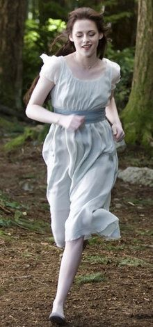 Bella Cullen, Blue dress, Breaking dawn part 2 | Twilight clothes ...