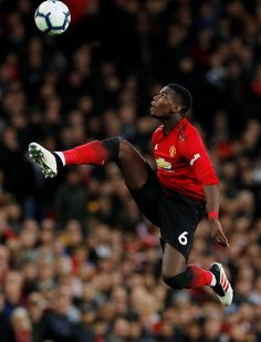 Paul Pogba Manchester United, Manchester United Players, Best Football Players, Soccer Players, Pogba Wallpapers, Memphis Depay, Manchester United Wallpaper, La Champions League, Zidane