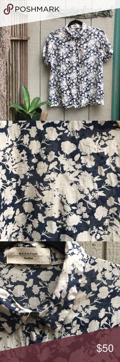 Max Mara button up floral print tee 💙 Max Mara button up floral print tee 💙 Amazing piece... looks great buttoned all the way up with jeans and a white tank underneath 👖✨ semi sheer goodness! Max Mara Tops Button Down Shirts