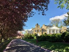 Glenview Mansion, Center Park, Formal Gardens, Be Perfect, Exterior, Houses, Mansions, House Styles, Mansion Houses