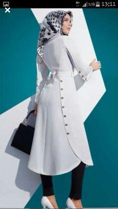 This top/jacket looked really neat Islamic Fashion, Muslim Fashion, Modest Fashion, Fashion Outfits, Muslim Dress, Designs For Dresses, Islamic Clothing, Abaya Fashion, Kurta Designs