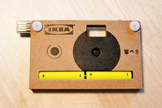 Knappa: A recyclable super slim disposable camera with a flip out USB connector so you can plug it in to your computer.