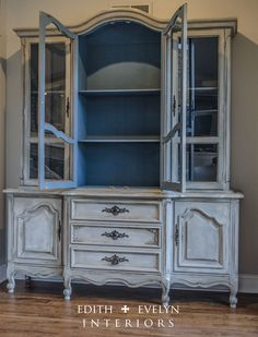 grey hutch with aubusson blue interior - step by step in Annie Sloan book