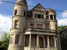 Eerie Indiana: Abandoned Ouerbacker Mansion, Louisville, Kentucky Like this. Abandoned Buildings, Abandoned Farm Houses, Abandoned Castles, Old Buildings, Abandoned Places, Old Houses, Old Mansions, Abandoned Mansions, Creepy Houses