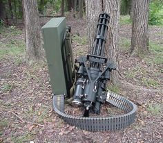 oh i SO want one of THESE for the home!!! Jack  Piper's Precision Products M-134A Vulcan Minigun
