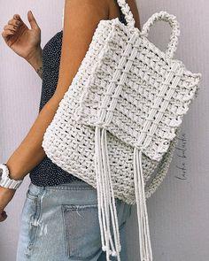 Marvelous Crochet A Shell Stitch Purse Bag Ideas. Wonderful Crochet A Shell Stitch Purse Bag Ideas. Crochet Backpack, Bag Crochet, Crochet Shell Stitch, Backpack Pattern, Crochet Handbags, Crochet Purses, Crochet Stitches, Crochet Hooks, Crochet Patterns
