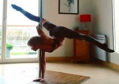 Unicorn handstand od Leslie Lili je trick zaměřený na flexibilitu zad a nohou ;)