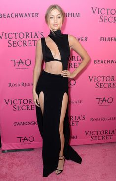 Scantily-clad Kendall Jenner and Gigi Hadid lead bevy of beauties at Victoria's Secret after party - & Mirror Online Gigi Hadid Outfits, Gigi Hadid Style, Img Models, Victoria Secret Angels, Victoria Secret Fashion Show, Fashion Shows 2015, Fashion Models, Textiles Y Moda, Victoria's Secret