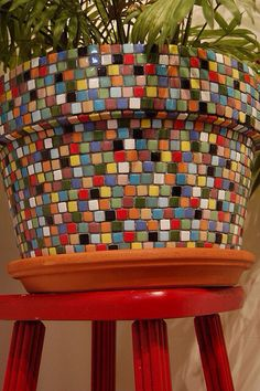 multi-coloured mosaic pot plant from mindingmymiles Mosaic Planters, Mosaic Garden Art, Mosaic Vase, Mosaic Flower Pots, Mosaic Tiles, Pebble Mosaic, Mosaics, Fall Planters, Tile Crafts