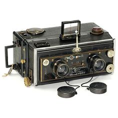 "Stereo Camera by ""Mackenstein La Francia"", 1900 Mackenstein, Paris. Lens by Max-Balbaeck, Paris. Guillotine shutter (working), magazine back..."