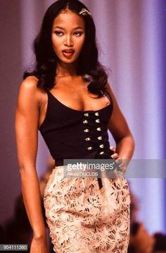 60 Meilleures Campbell Naomi Photos et images Black 90s Fashion, Korean Fashion, 70s Fashion, French Fashion, Style Année 90, Looks Style, Top Models, Naomi Campbell 90s, Irina Shayk