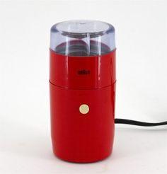 Molinillo para café Braun KSM-1  Reinhold Weiss (1967)  El mejor electrodoméstico que tengo.