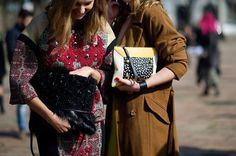 Fashion Bloggers spotted with PORTRAIT Clutch by Manurina! Shop this fashionable and unique bag at WWW.FINAEST.COM | #fashionblogger #finaest #manurina #fashion #clutch #musthave #FW1415 #streetstyle