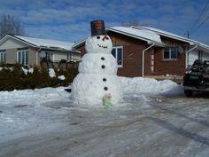 The Great Snowman Challenge - Hornepayne, Ontario (Photo by Donna A. Snowmen, Ontario, Challenges, Winter, Outdoor Decor, Home Decor, Winter Time, Homemade Home Decor, Snowman