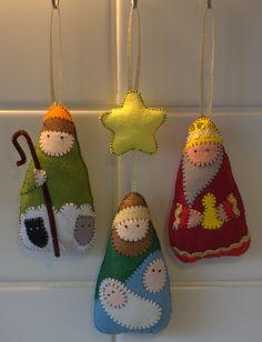 felt nativity hanging decoration set
