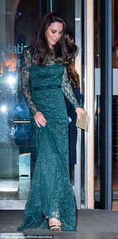 The Duchess of Cambridge shows off her gold strappy shoes as she departs The Portrait Gala fundraising dinner
