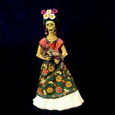 Frida with iguana