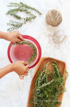 5 Minute DIY wreath making hack using a $1 food container to make rosemary, lavender, or Christmas wreaths! Easy nature crafts, farmhouse home decor & handmade gifts! - A Piece of Rainbow #diy #wreath #hacks #garden #flowers #herbs #homedecor #homedecorideas #diyhomedecor #crafts #boho #bohostyle #farmhouse #farmhousestyle #farmhousedecor crafts, boho living, decorations, harvest wreath, spring, summer, fall, Christmas ideas Christmas Crafts For Gifts, Christmas Ornament Crafts, Christmas Gift Wrapping, Christmas Wreaths, Christmas Ideas, Christmas Decorations, Xmas, Diy Wreath, Wreath Making