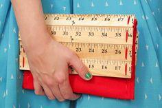How-to: Ruler Clutch Purse | HandsOccupied.com