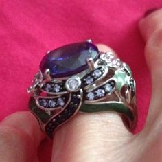Rare, designer Dragonfly ring! Sterling enamel! Enameled sterling silver dragonfly ring features a stunning 8.34 carat lab-created tanzanite (purple) stone surrounded by smaller pink, lavender and blue stones. Just breathtaking! No trades! Victoria Wieck Jewelry Rings