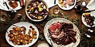 How to Host Christmas Dinner Without a Hitch