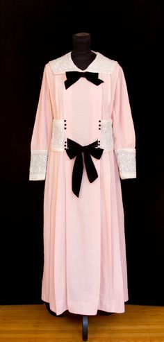 Edwardian Dress // Embroidered Pink Linen Sailor dress