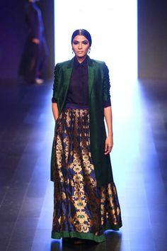payalkhandwala - - Silk Shirt, Silk Jacket and Silk Brocade Lehenga India Fashion, Ethnic Fashion, Asian Fashion, Pakistani Dresses, Indian Dresses, Indian Outfits, Indian Attire, Indian Wear, Indian Designer Outfits