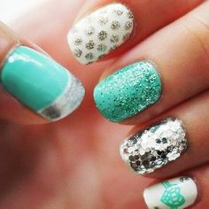 Tiffany blue nails with silver patterns! I love this. #aqua #want #nails