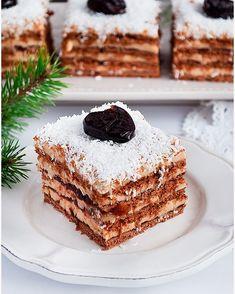 Tiramisu w pucharkach - I Love Bake Tasty Dishes, Baked Goods, Tiramisu, Nutella, Good Food, Food And Drink, Baking, Ethnic Recipes, Sweets