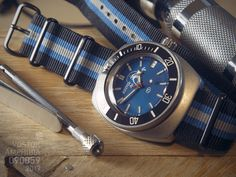 Amphibia 090059 mod by Arvac (Blue Scuba Dude dial) Views: 254 Size:  974.9 KB